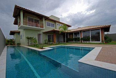 Casa com piscina a venda em Busca Vida Hansen Imóveis