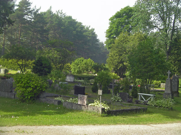 Estonian Cemetery - Older Section   Hansen-Spear Funeral Home - Quincy, Illinois
