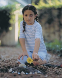 Child at Gravesite | Hansen-Spear Funeral Home - Quincy, IL