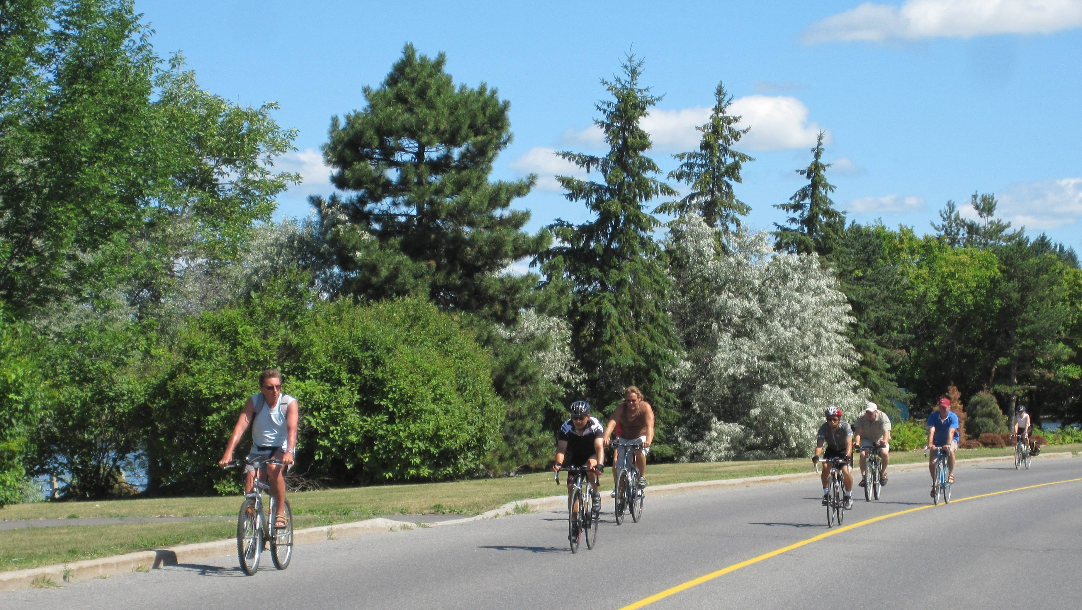 2011-07-24-ottawa-bicycle-culture-8
