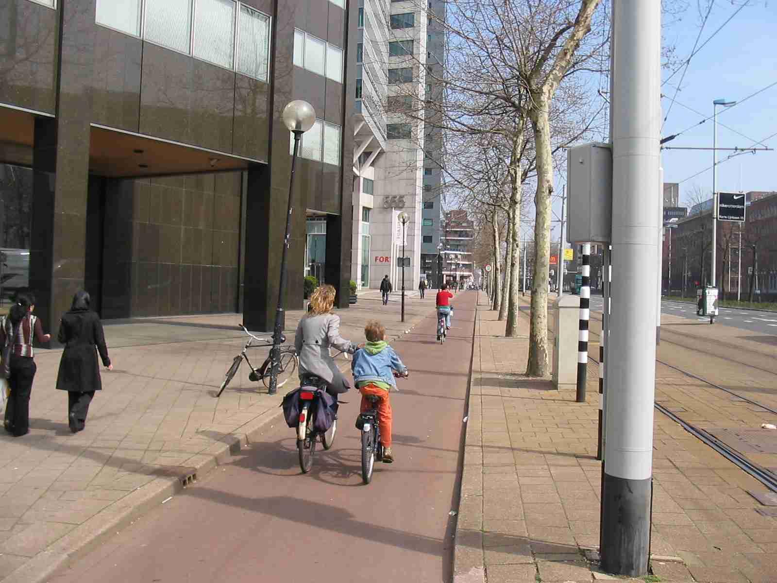 2013 08 25 Bike Ottawa – Ontario Cycling Strategy 01