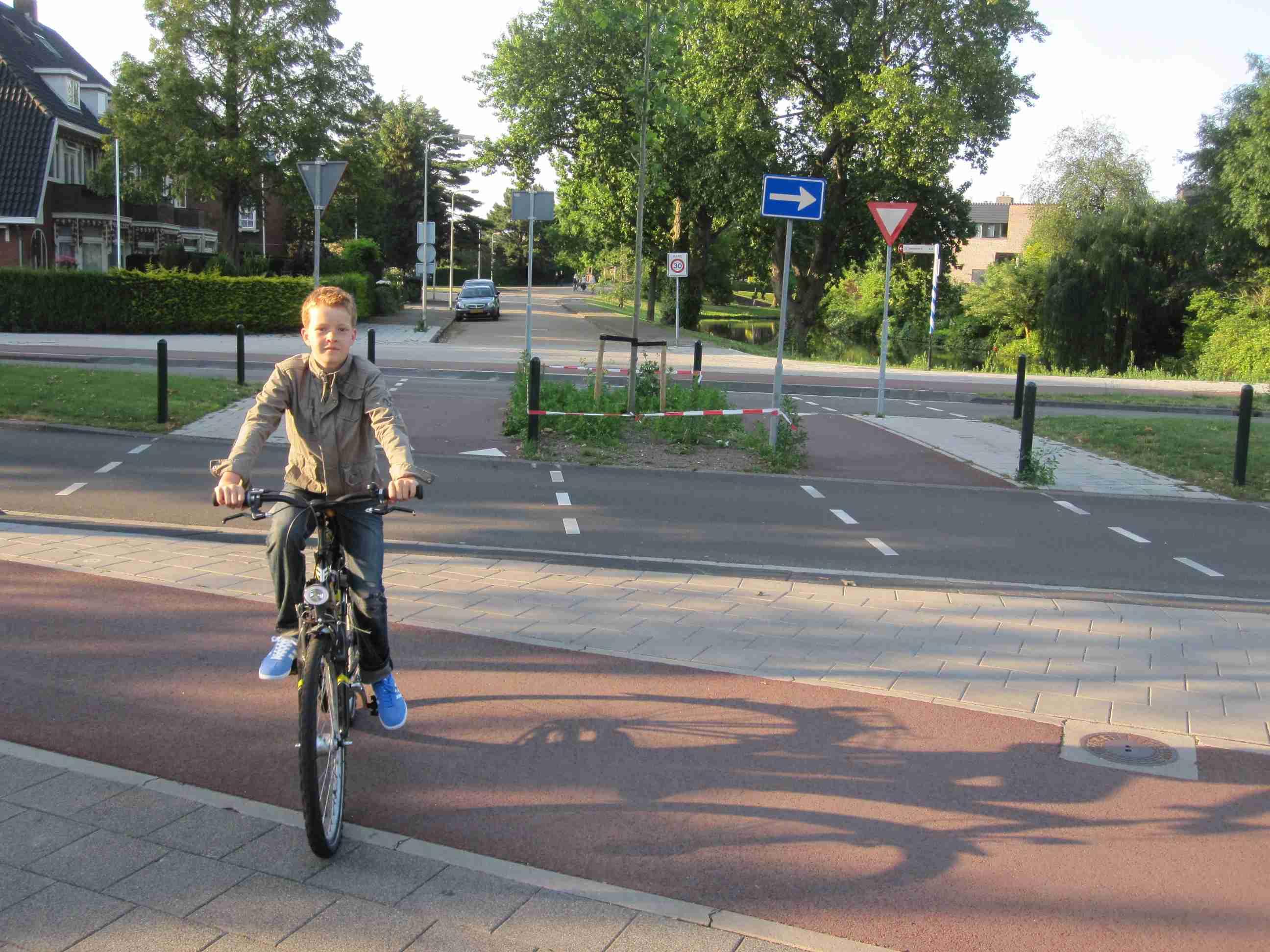 2013 08 25 Bike Ottawa – Ontario Cycling Strategy 09