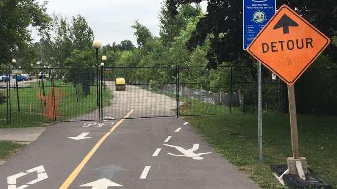 Detour towards the fence!