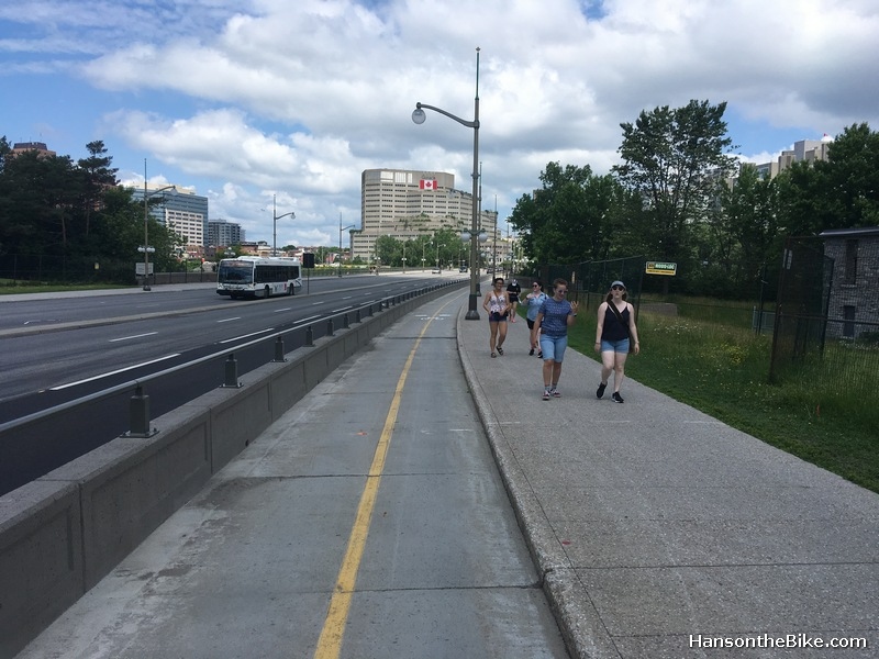 the new barrier in place on Portage bridge
