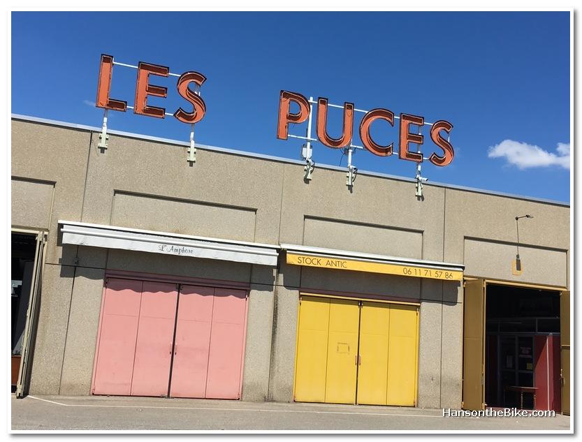 flea market Marche Les Puces in Lyon