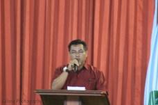 Bapak Surfayondri selaku PD III ketika memberi sambutan