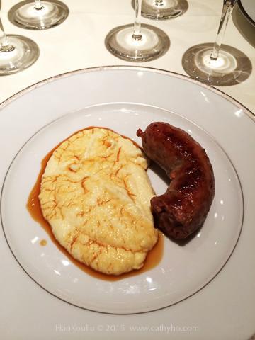 第一次在l'Ambroisie 品嘗「香腸和玉米糊」