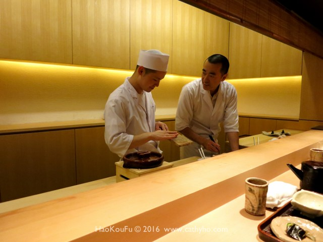 料理長石川秀樹及其助手