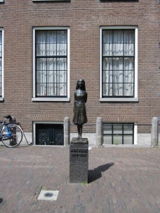 a Anne Frank monument