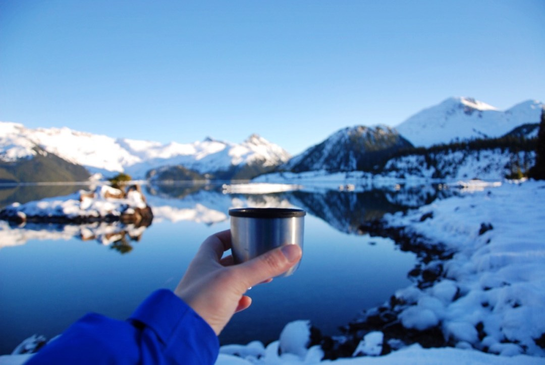Garibaldi Lake in the Winter. Find out how to keep warm with these 8 tips for winter hiking.