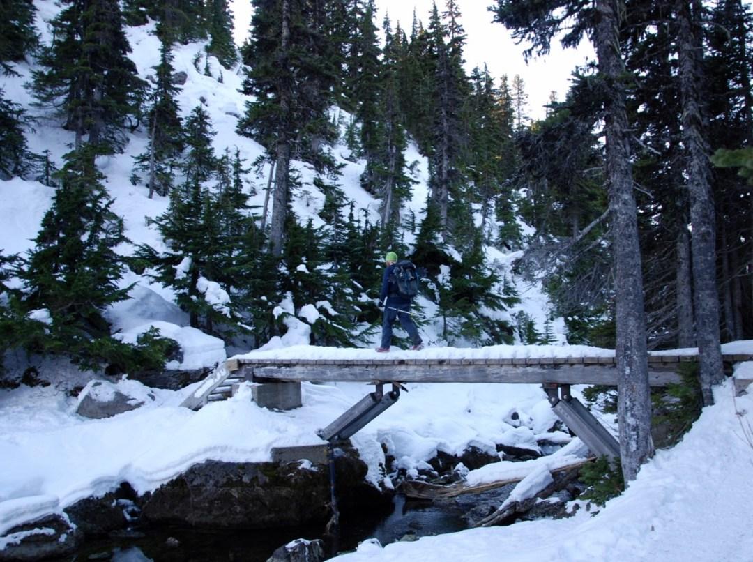 Crossing the outflow of Garibaldi Lake