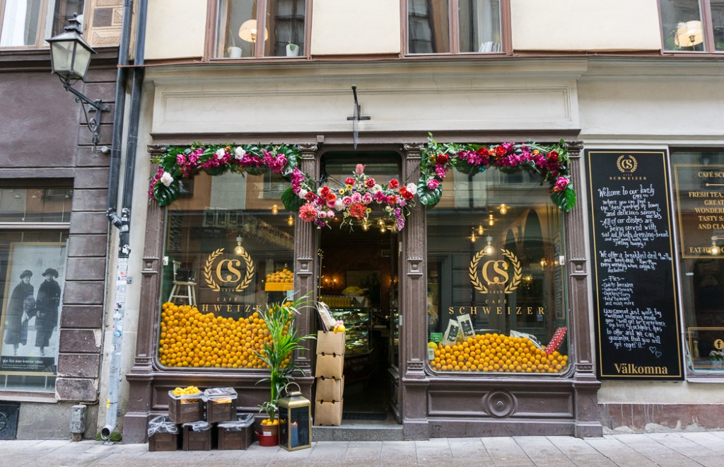 Cafe in old town Stockholm, Sweden. 30 photos of Stockholm that will inspire you to visit.
