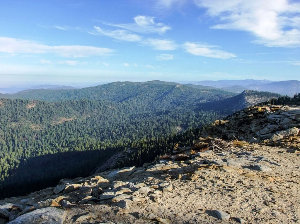 The view from the Buena Vista Trail in Sequoia National Park - just one of many things to do in Sequoia and Kings Canyon National Parks.