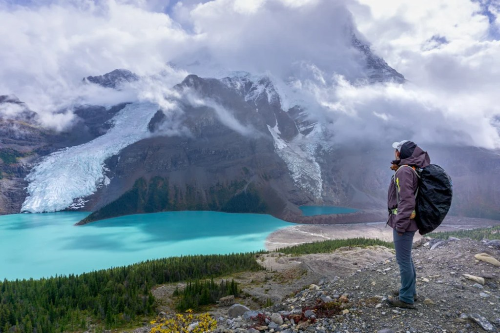 The Ultimate Guide to Hiking the Berg Lake Trail in Mount Robson Provincial Park in the Canadian Rockies