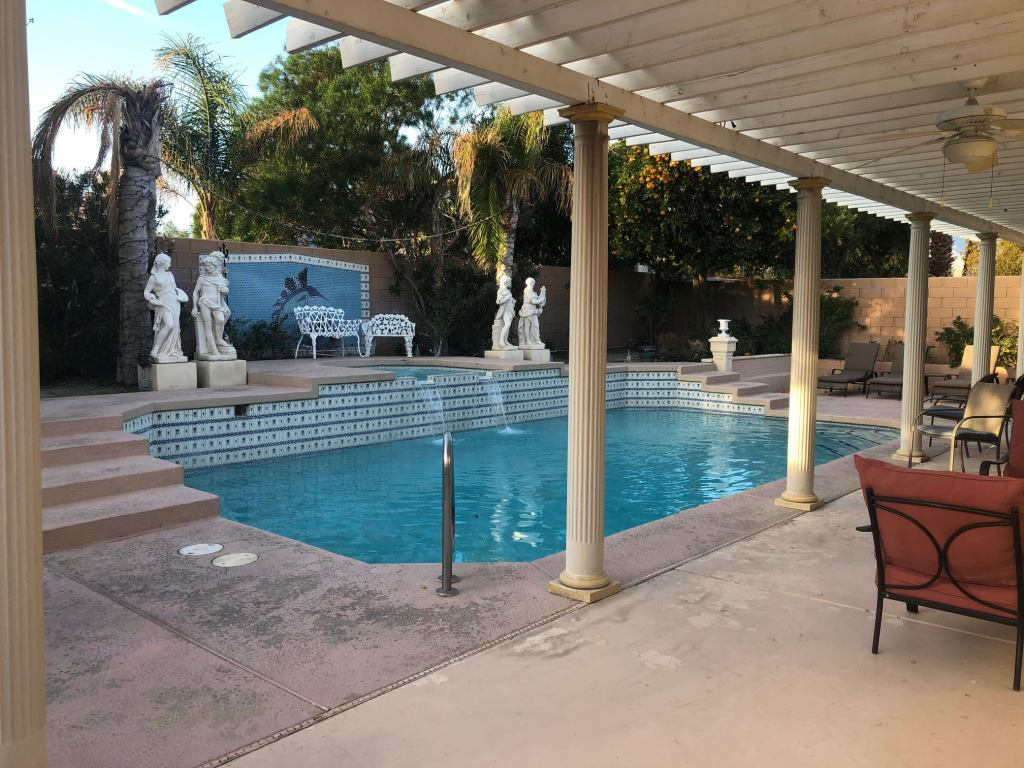 A rental home with a pool in Palm Springs, California. Just one of our recommendations for the best places to stay near Joshua Tree.