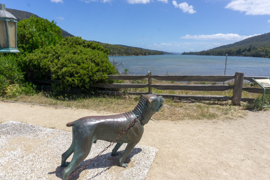 A statue at the dog line in Eaglehawk Neck Historic Site on the Tasman Peninsula in Tasmania, Australia