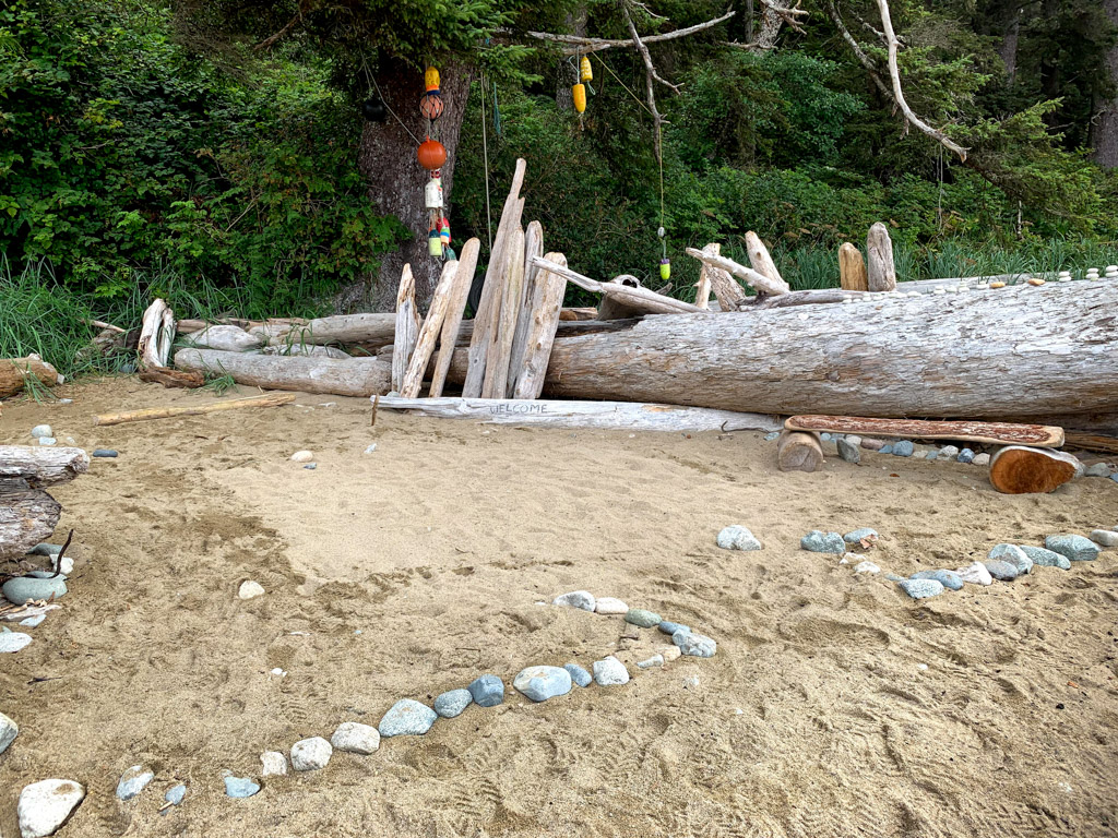 A beach campsite at Darling River on the West Coast Trail