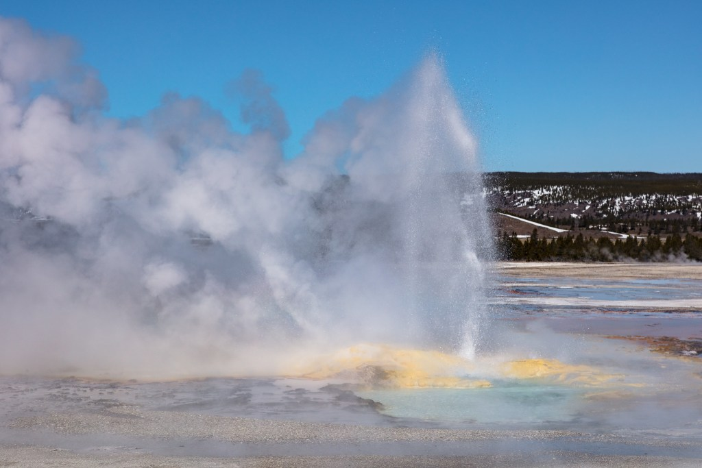 Clepsydra Geyser at Fountain Paint Pots in Yellowstone National Park