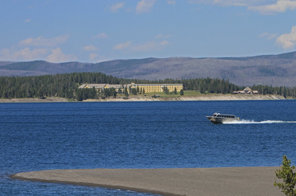 Boat tour on Yellowstone Lake