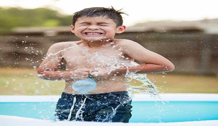 water balloon fight for summer break