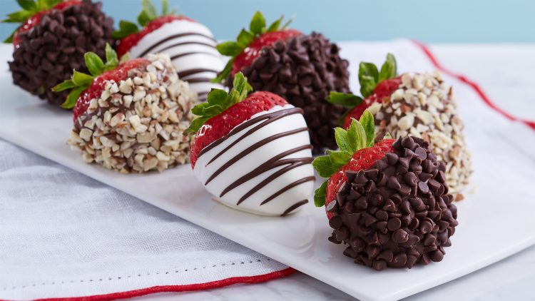 How to Celebrate Family Month With Shari's Berries
