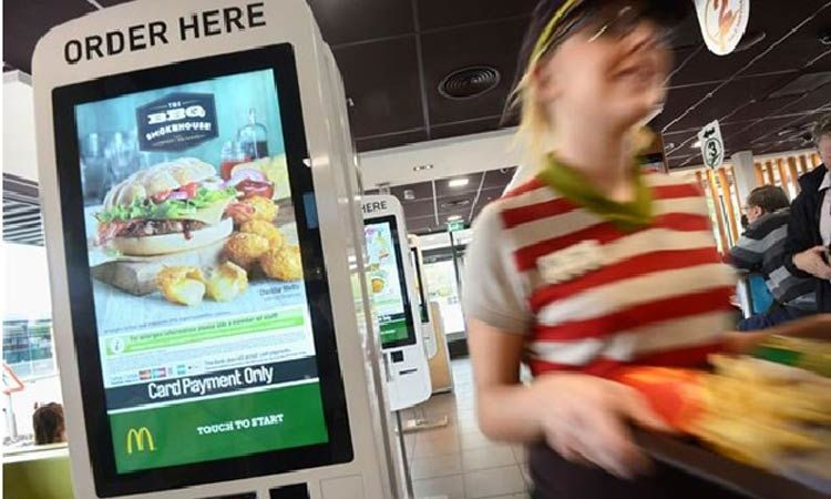 Touch Screen Kiosks Are Changing Fast Food