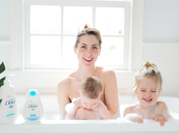 Eva Amurri Martino takes a bubble bath with her two babies and Baby Dove soap