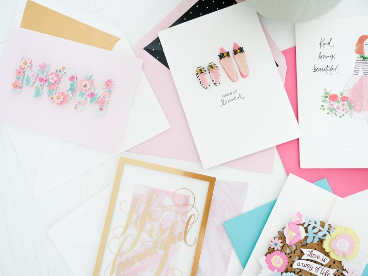 Details of the colorful Hallmark Signature mother's day greeting cards