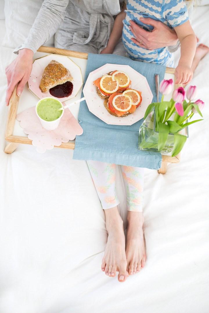 Eva Amurri Martino eats Breakfast in bed