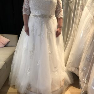 Size 24 Gown Bridal Boutique Dorset
