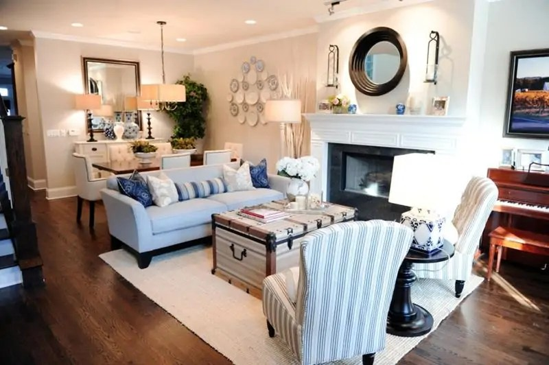 how to decorate a small living room with big furniture splitting into bedroom 5 tips for decorating combined dining happily ever 10 and