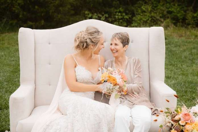 Jo Johnson Overby in her wedding dress with her mom Catherine