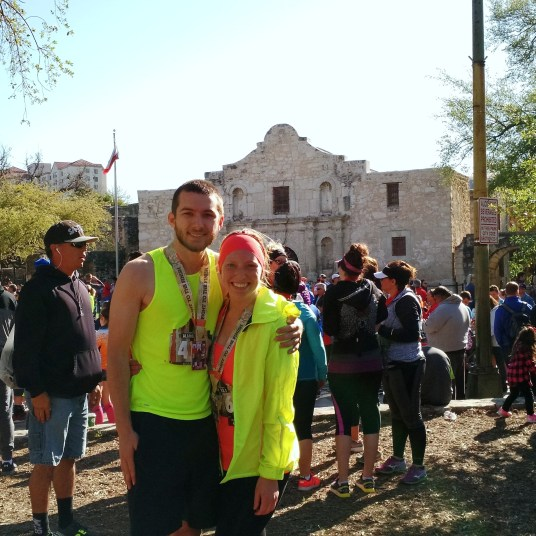 Alamo 13.1 Race Recap | read more at happilythehicks.com