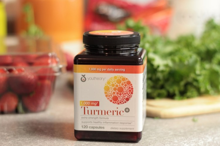 youtheory Turmeric | read more at happilythehicks.com