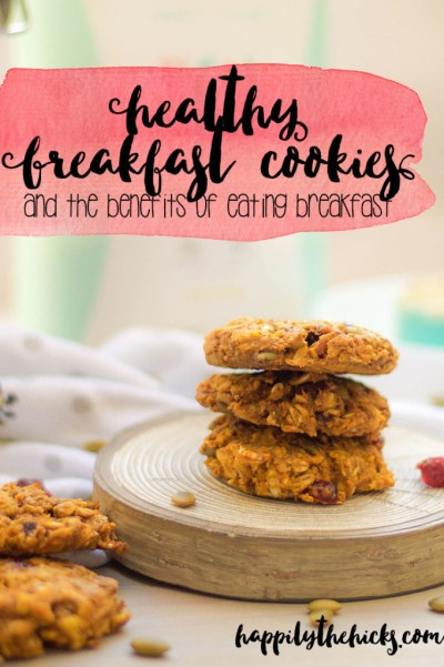 Healthy Breakfast Cookies (and the benefits of eating breakfast) | read more at happilythehicks.com
