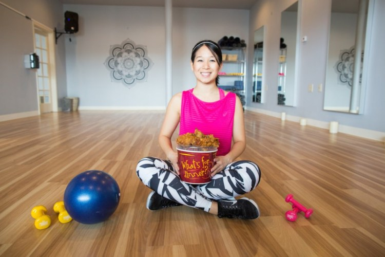 Mai Lyn from Deep Fried Fit - Meet my favorite bloggers! | read more at happilythehicks.com