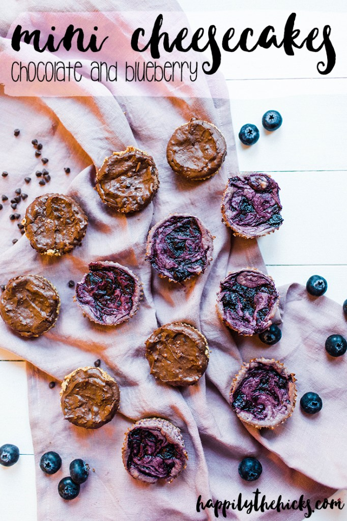 These mini cheesecakes are going to be a HIT at your next dinner party! You won't be able to pick a favorite between the chocolate and blueberry flavors. | read more at happilythehicks.com