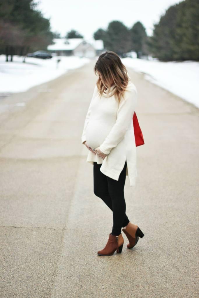 Motherhood Maternity Tunic Sweater Outfit
