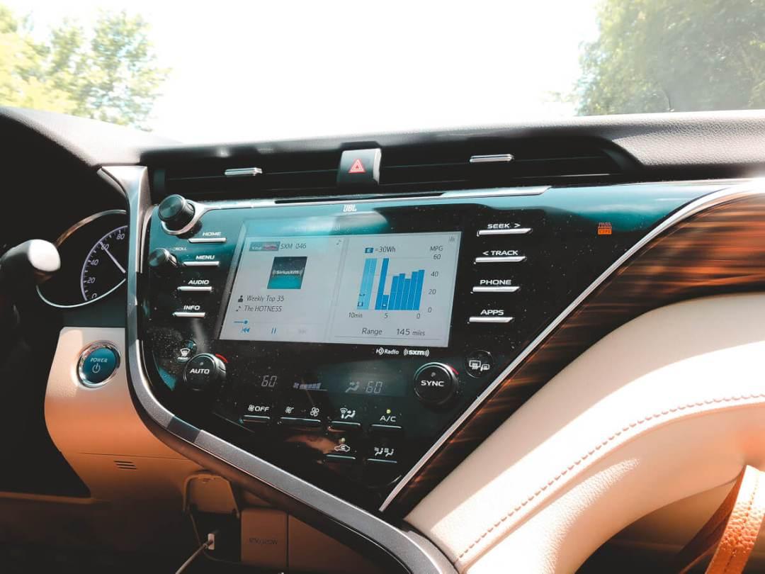 018 Toyota Camry Hybrid XLE
