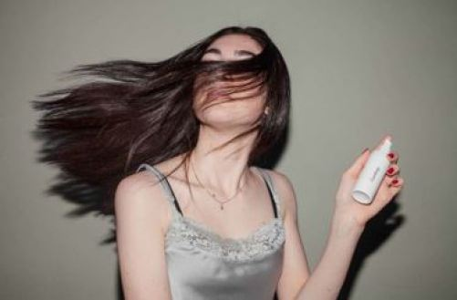 日焼け 止め スプレー 髪 使い方