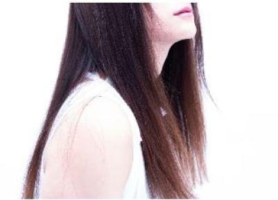 湿気で髪がうねらない方法 ストレート