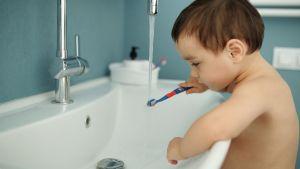Tandenpoetsen met kinderen, maak het leuk!