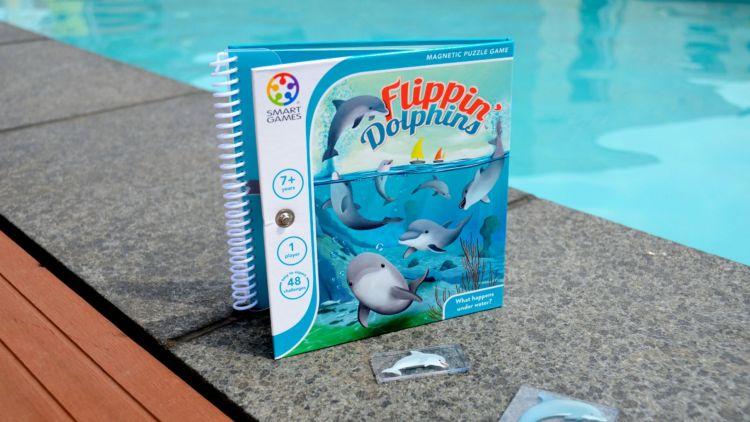 Compacte, magnetische reisspellen - Flippin Dolphinss