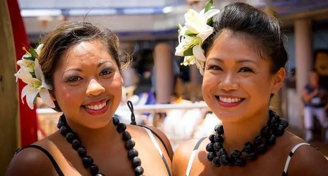 ハワイの女性