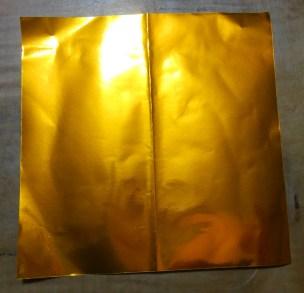 金色の折り紙