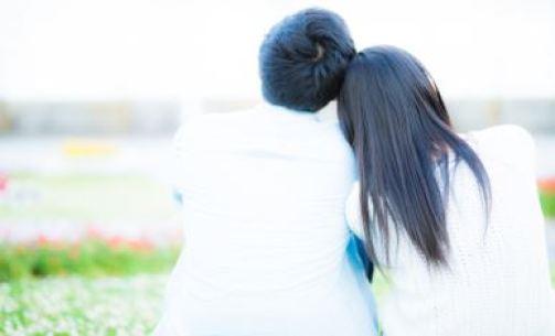 婚活アプリ 30代 女性 有料