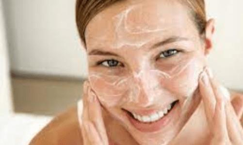 детоксикация на лицето със сода