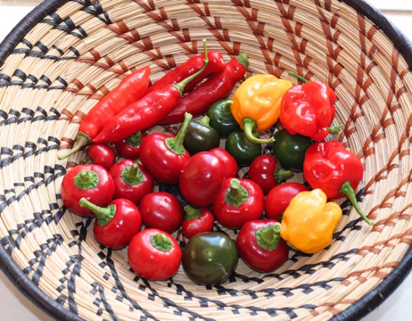 mix of hot peppers