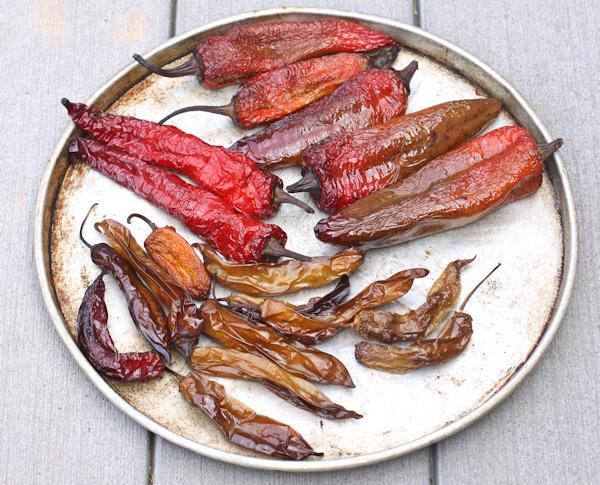 smoked pepeprs before drying