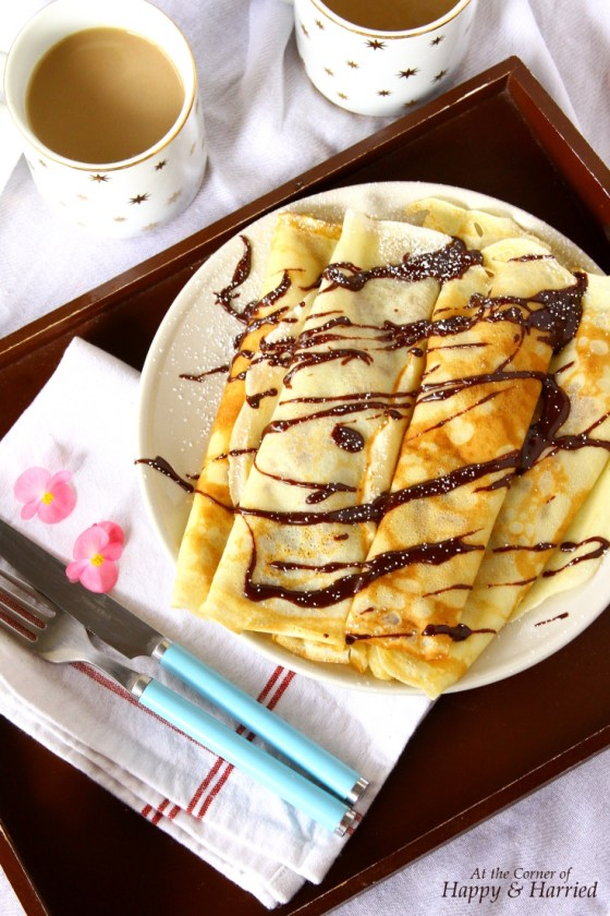 Caramelized Banana Crêpes With Melted Chocolate Drizzle